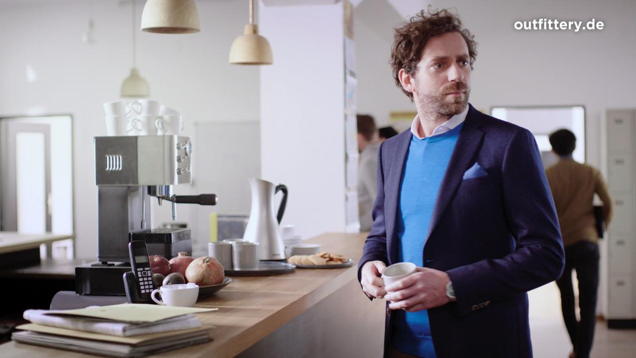 "1ba415b309ce4d Neuer TV-Spot  Ein ""UHWÄEY"" für OUTFITTERY"
